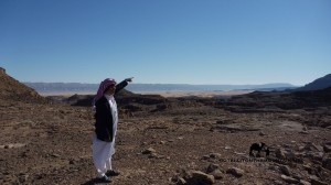 Serabit el Khadem, Bedouin guide, Go tell it on the mountain_result