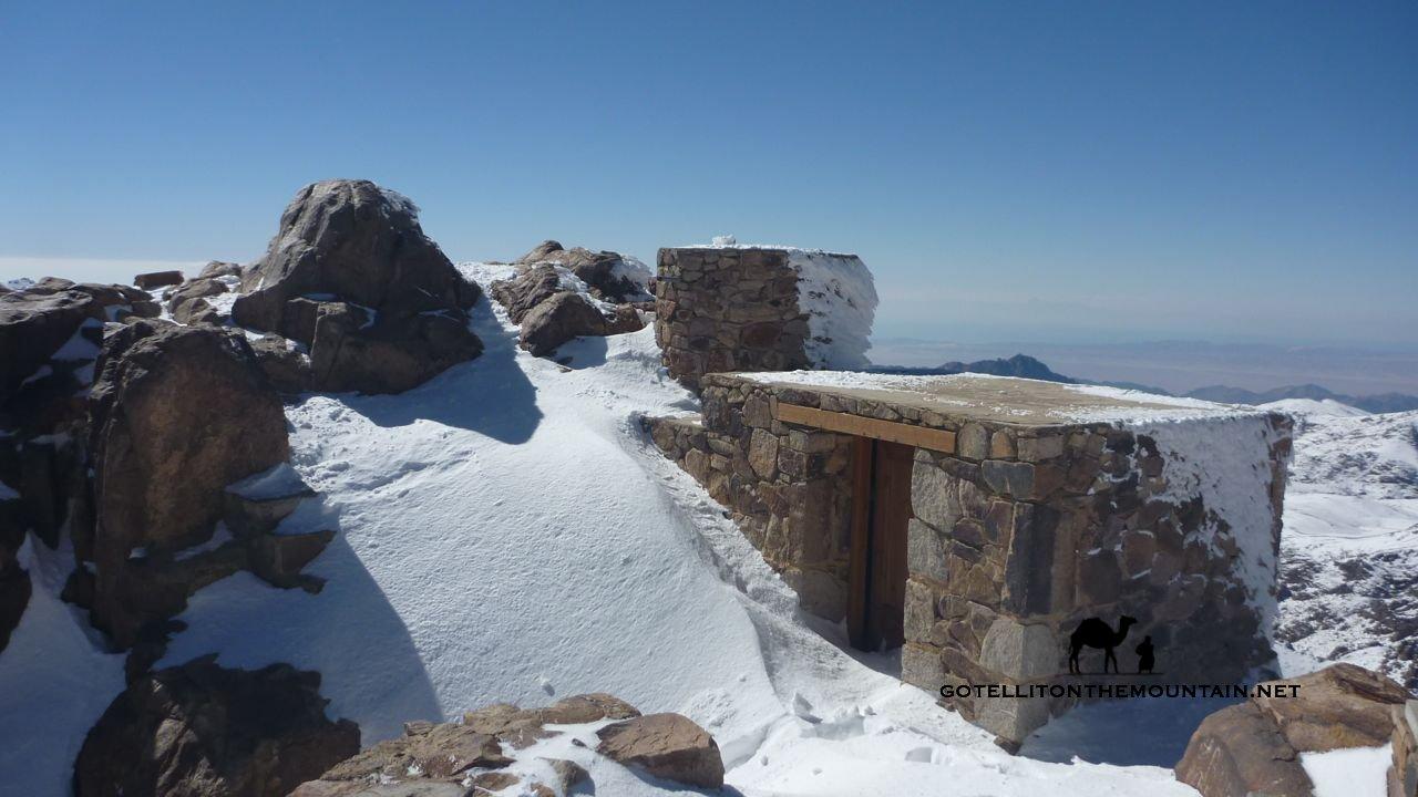 Jebel Katherina summit hut, Go tell it on the mountain